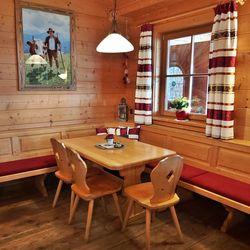 Bergrestaurant Latschenalm am Isskogel ©Latschenalm