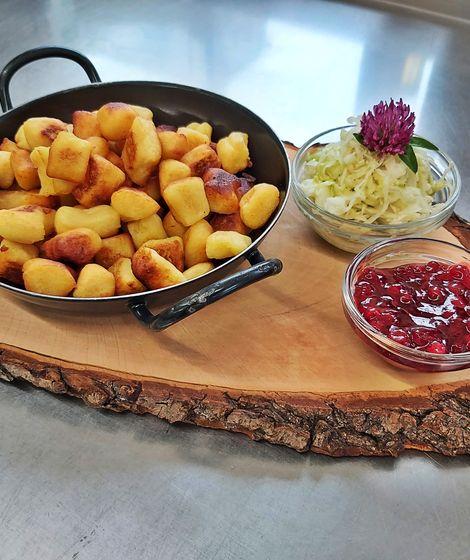 Kartoffelpaunzen im Pfandl ©Latschenalm